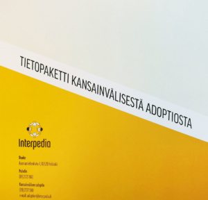 Adoptiotietopaketti